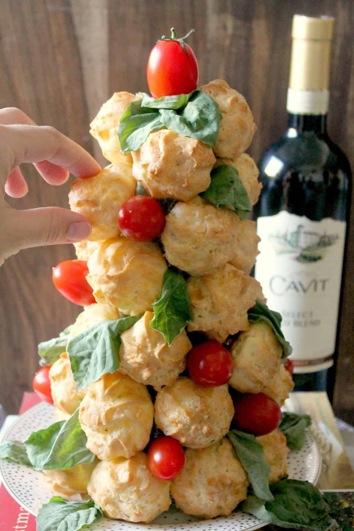 Italian Cheese Puffs. Light, airy and full of flavor, these cheese puffs make a wonderful appetizer. Serve alongside Cavit Wine for an elegant party bite!