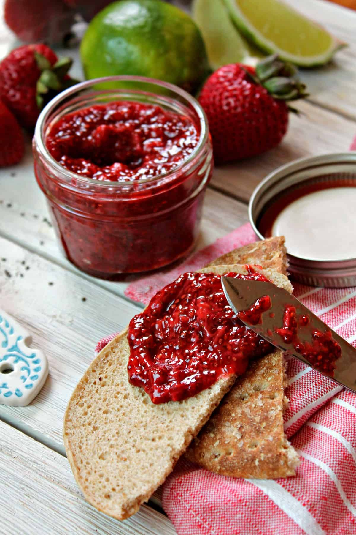 Strawberry Lime Chia Jam! Preserve the sweet, tantalizing flavors of summer with a quick, homemade jam. Chia seeds help thicken and gel this easy jam, so there's no need for pectin or excessive sugar. An easy way to enjoy berries year-round!
