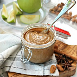 Vanilla Chai Almond Butter! This creamy blend of almonds, tantalizing spices & sweet vanilla is totally addictive... and it's made in just minutes using your high speed blender! This nut butter recipe can be customized using your favorite nut and is pure perfection slathered on toast, muffins or fruit!